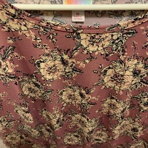 Lularoe medium Irma like new
